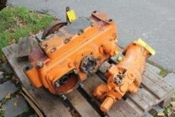 Liebherr A902, Getriebe