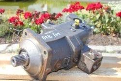 Hydraulikmotor O&K aus  O&K MH Plus