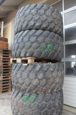 Reifen   705/70 R 25 ohne Felgen
