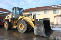 New Holland W270B, Radlader