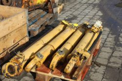 Hydraulikzylinder aus CAT 206, Mobilbagger