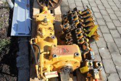 Fahrgetriebe und Fahrmotor aus Liebherr A922 LIT
