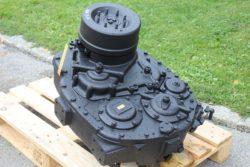 Lastschaltgetriebe ZF 4 WG 35 aus Hanomag  B11